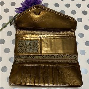 HOBO WALLET CLUTCH